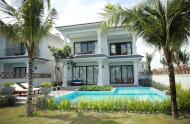 Xuất ngoại bán gấp biệt thự biển Nha Trang Full nội thất, đang cho thuê 300tr/tháng, HĐ còn 10 năm