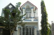 Bán nhà góc 2MT đường Nguyễn Trãi, P. BT, Q. 1, DT lớn, vuông vức 12x26m, 1H + 7L, thu nhập 900 triệu/th