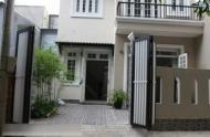 Bán nhà vị trí đẹp 2 MT Lê Thánh Tôn, Q1, giá 30 tỷ. Đang cho thuê 100 tr/th