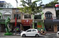 Cho thuê nhà vị trí đẹp MT Nguyễn Huệ, Q. 1, DT: 7.5x18m, 1 trệt, 1 lầu. Giá: TL