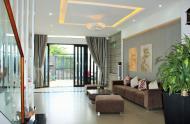 Cho thuê nhà gần Bùi Viện 4.5m x 22m, 4 lầu, thang máy, 8 phòng, full nội thất cao cấp
