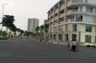 Cho thuê nhà phố Sala dãy SH2 khu Sari Town với 1 hầm, 4 lầu, 1 sân thượng