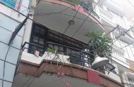 Bán nhà mặt tiền Bùi Thị Xuân, Q1, DT: 4x18m, giá tốt nhất