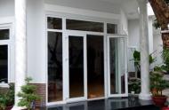 Bán nhà mặt tiền Cô Giang, Nguyễn Thái Học, Q1, DT 4x14m, 4 lầu, giá 24,5 tỷ, HĐ thuê 90 tr/th