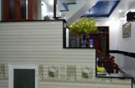 Cần bán gấp ngôi nhà: Âu Cơ, giá 4,65 tỷ, 52 m2, 2 Lầu.