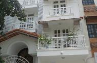 Bán nhà HXH Hai Bà Trưng gần chợ Tân Định, quận 1. 4 x 15m, giá 10.8 tỷ, LH:0942623943