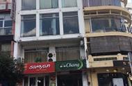 Cho thuê nhà mt đẹp đường Lê Lai quận 1. Diện tích: Trệt, 2 lầu, ST