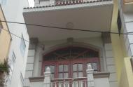 Chính chủ cho thuê nhà nguyên căn HXH đường Đông Du, phường Bến Nghé, Q1