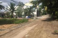Bán đất mt Rạch đường Thạnh Lộc 41, Quận 12, gần Cao đẳng Điện Lực chỉ 2,49 tỷ, hướng Đông Nam. LH: 0914 886 303