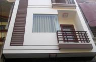 Cần bán gấp nhà HXH đường Bà Lê Chân, P. Tân Định, Q1, DT:4x18m,3 lầu, giá 9.8 tỷ.