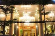 Bán khách sạn 4 Sao mặt tiền đường Nguyễn Thái Bình Quận 1, 12x18m, H11Lầu. Giá chỉ 400 tỷ
