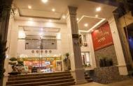 Bán khách sạn mặt tiền đường Yersin, Quận 1, 210m, H7Lầu, 50P. Giá rẻ chỉ 86 tỷ