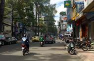 Bán nhà mặt tiền Lê Thị Riêng, P. Bến Thành, Q1, DT 4.5x15m, 26 tỷ, cho thuê 80tr/th. LH 0909366493