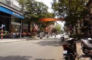 Cho thuê nhà 113 Nguyễn Thái Bình, Quận 1