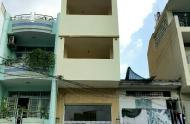 Nhà làm CHDV hoặc khách sạn đường Cô Giang, Q1