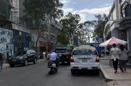 Bán nhà mặt tiền Lê Thị Riêng, Bến Thành, Quận 1, 4x15.5m, 2 lầu mới, HĐ thuê 70 tr/th