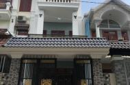 Gia đình cần bán gấp nhà Nguyễn Bỉnh Khiêm, Q. 1, liên hệ: 0939292195 Hải Yến