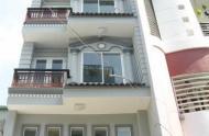 Cần tiền bán gấp nhà MT Trần Hưng Đạo, Q1, diện tích: 4x19m, trệt, 3 lầu, giá 26.5 tỷ