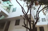 Cho thuê nhà góc 2MT Trần Nhật Duật, Q1, KC: 1 trệt, 4 tầng giá 80 tr/th, LH: Ms Kim Yến 0975551182