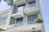 Xuất ngoại bán nhà Đường Nguyễn Thị Minh Khai Q1, DT: 4.5x25, 4 Tầng 13ph Thu Nhập Trên 100tr/Th
