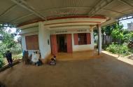 Bán nhà vườn 1358 m2 ven Hồ Tây - Thị Trấn Di Linh - gần Đà Lạt