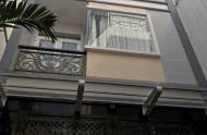 Chính chủ cần bán nhà CHDV Nguyễn Trãi, P. Nguyễn Cư Trinh, quận 1, 6 lầu thang máy, cách MT 30m