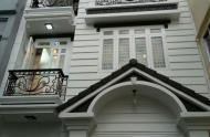Bán biệt thự HXT Nguyễn Bỉnh Khiêm, Q1, dt 13x16.5m, 3 lầu, 33 tỷ 5 HĐT: 140tr/ tháng