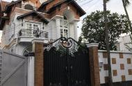 Chính chủ bán gấp biệt thự Đặng Tất, Quận 1 (10,5x19,5m). Giá 39,5 tỷ