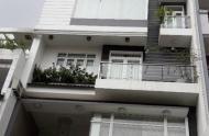 Bán nhà cách mặt tiền Trần Quang Khải, Q. 1. DT 7 x 25m - giá 30 tỷ