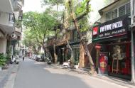 Bán nhà độc lạ hẻm 196 Trần Quang Khải, 2 MT, Tân Định,  Q.1 3,6x15m, cấp 4. Giá: 8 tỷ.LH 0944575521