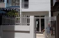 Bán nhà hẻm Lũy Bán Bích, Tân Phú 70 m2, vào ở ngay 3,9 tỷ. LH 0936964546