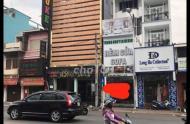 Bán nhà phố mặt tiền đường Phan Đình Phùng cách quận 1 khoảng 5 phút