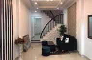 Tôi cần bán gấp nhà nhiêu tứ,  Phú Nhuận, Hẻm 4m, 3 tầng, 50m2, 6.6 tỷ.