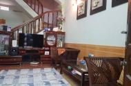 Nhà rẻ, đẹp, gần Đê La Thành, 35 m2, 4tầng, mt 3.9m, chỉ 2.5 tỷ. 0342211968.