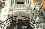 Bán nhà mặt tiền đường Cây Điệp và Nguyễn Văn Thủ. Quận 1. Dt: 4 x 21m. Gía : 21,8 Tỷ TL.