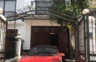 Gia ĐÌnh bán Gấp nhà mới đẹp tổ 8 Thạch Bàn, ĐƯờng rộng 2 ô tô tránh...có thương lượng, gia lộc