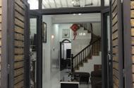 Bán nhà 3 tầng Nguyễn Thái Học, 15m2, chỉ 1ty3