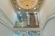 Bán gấp nhà HXH tại đường Ngô Quyền  Quận 10, 50m2, 3 lầu, 6.3 tỷ. 0813002168